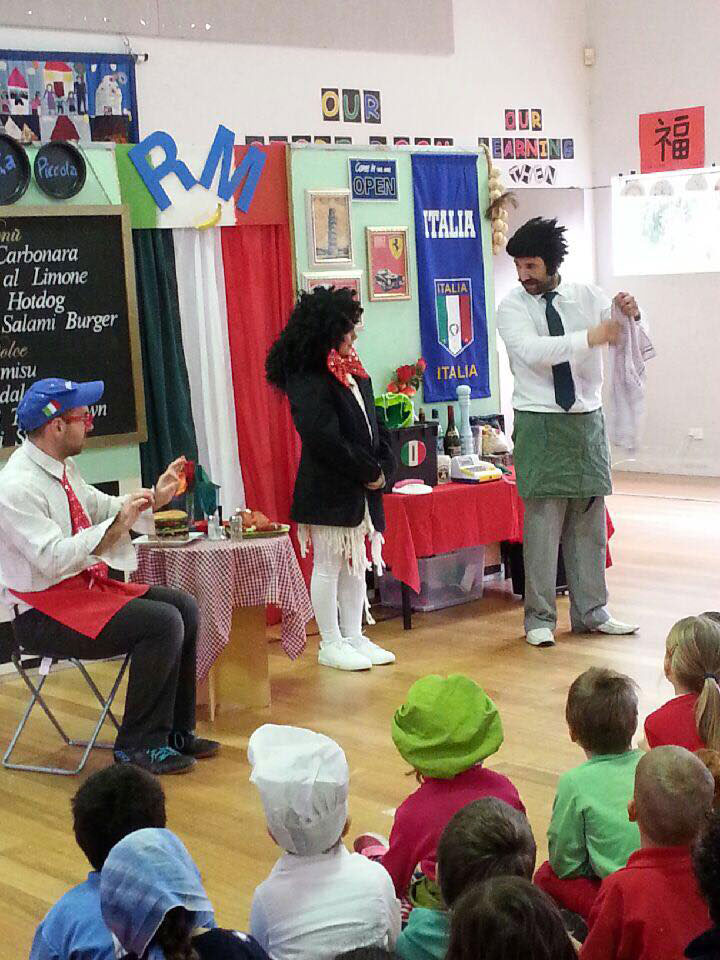 Italian day pantomime
